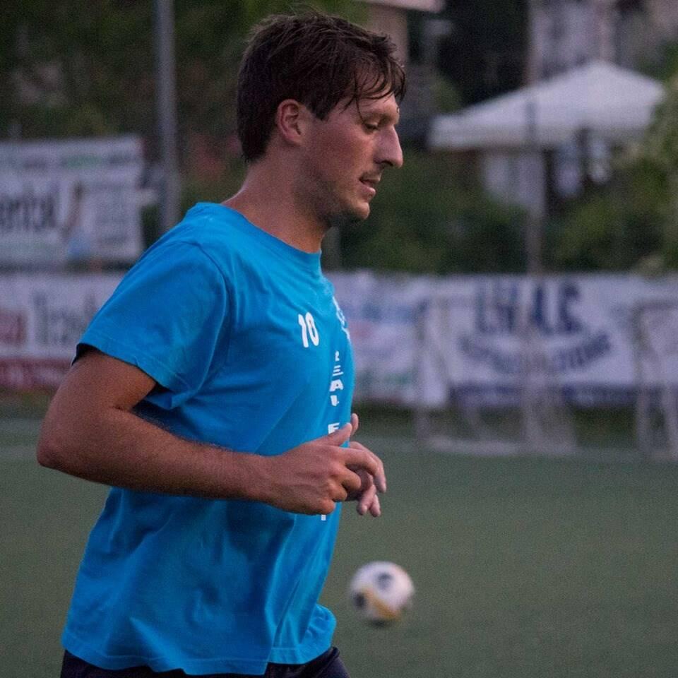 Un giocatore del Real Fieschi.