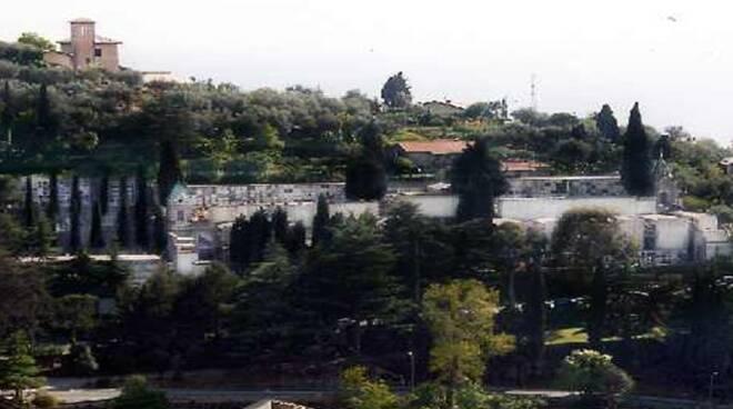 Il cimitero di Recco.