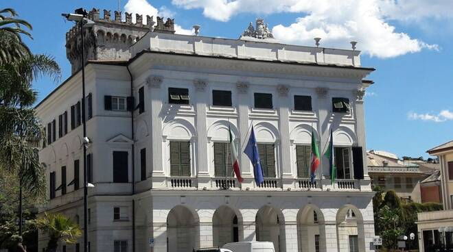 Il palazzo comunale di Chiavari.