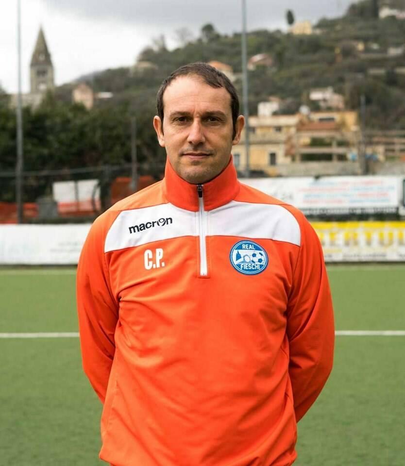 L'allenatore del Real Fieschi Claudio Paglia.