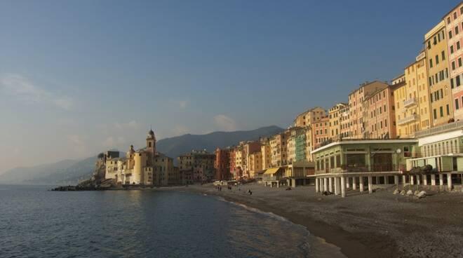 La passeggiata a mare di Camogli.