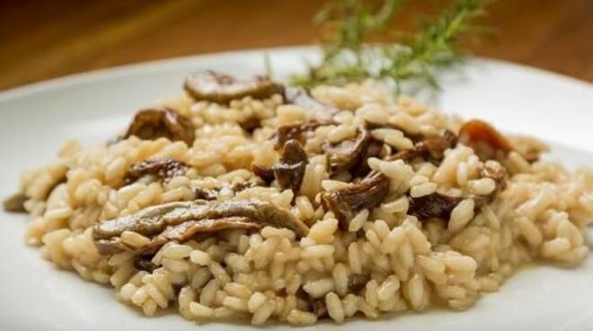 """Risotto ai funghi del ristorante """"Da Ö Vittorio"""" a Recco."""