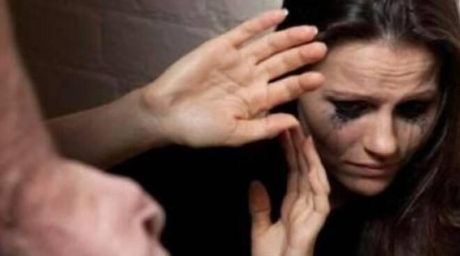 A Rapallo la giornata contro la violenza sulle donne.