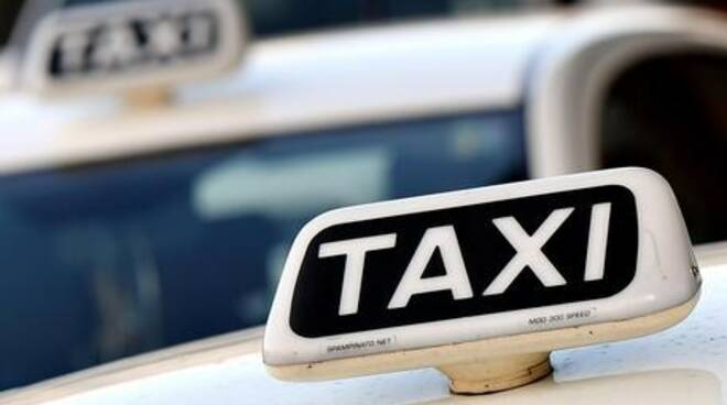 Bando per nuovi taxi per la Regione Liguria.