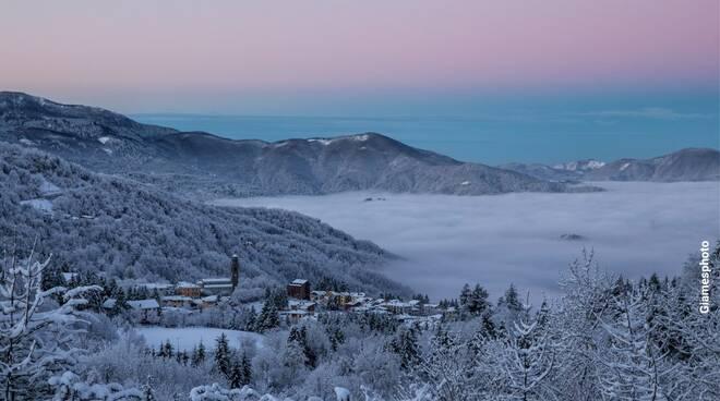 Santo Stefano d'Aveto immersa nella neve