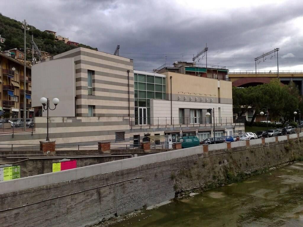 """La sala polivalente """"Franco Lavoratori"""" a Recco."""