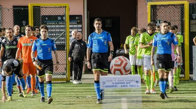 """Lavagnese e Real Forte Querceta entrano in campo al """"Riboli""""."""