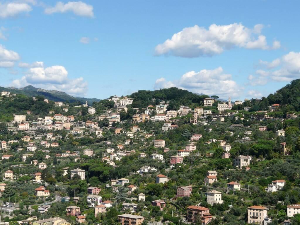 Vista panoramica di Ruta di Camogli.