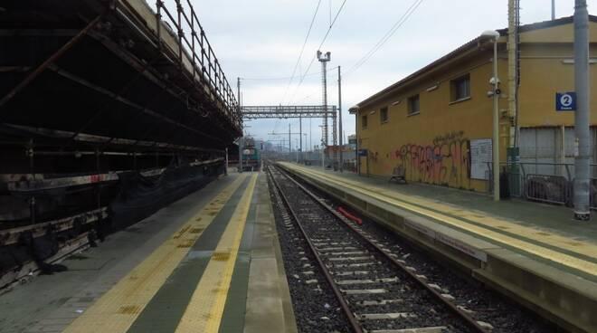 Ancora rallentamenti per i lavori al nodo ferroviario.