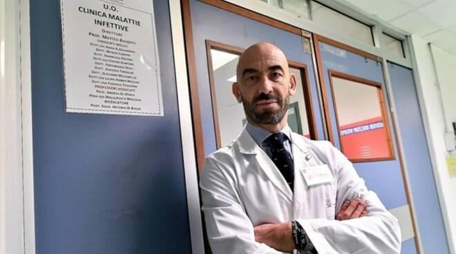 Il professor Bassetti dell'ospedale San Martino di Genova.