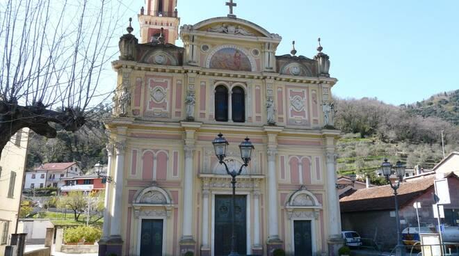 La faccia della chiesa di San Pietro di Novella a Rapallo.