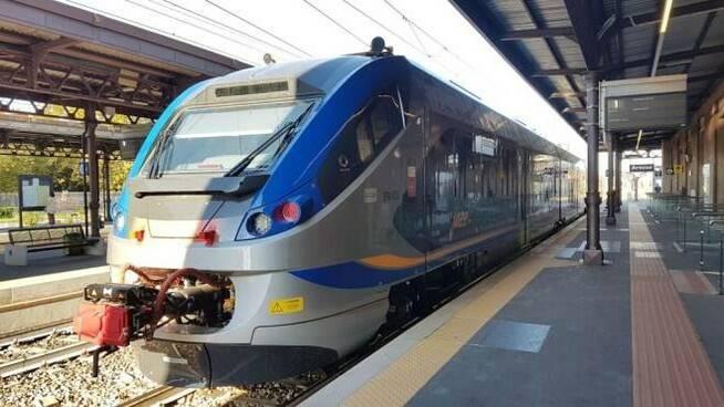 Treno in stazione.