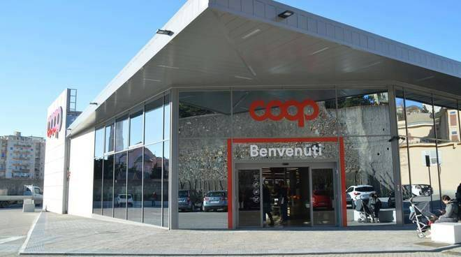 Centro Commerciale Coop.