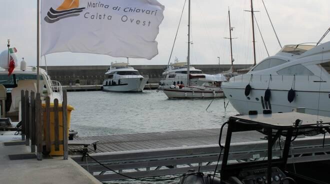 Calata Ovest, il porticciolo della marina di Chiavari
