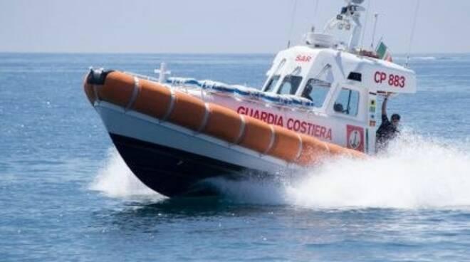 Guardia Costiera in azione.
