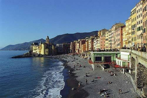 Spiaggia libera di Camogli.