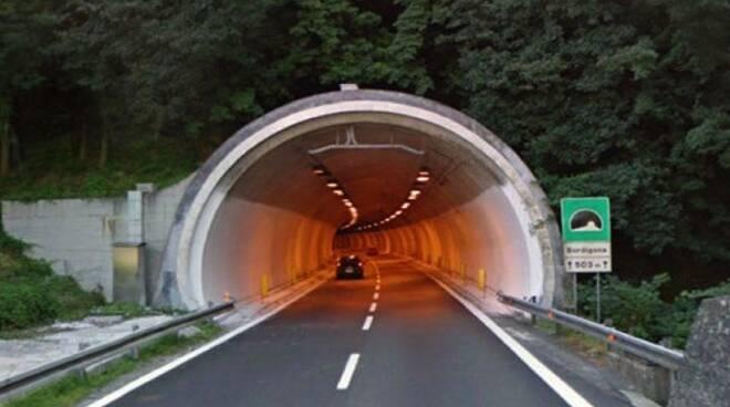 Una galleria delle autostrade liguri.