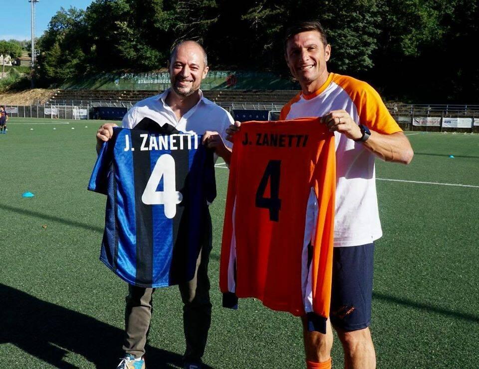 Javier Zanetti fa visita alla Sammrgheritese