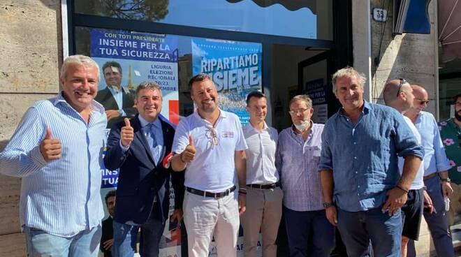 Matteo Salvini presente al Gazebo della Lega Nord a Recco