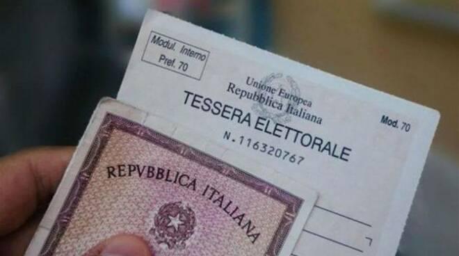 carta d'identità, tessera elettorale