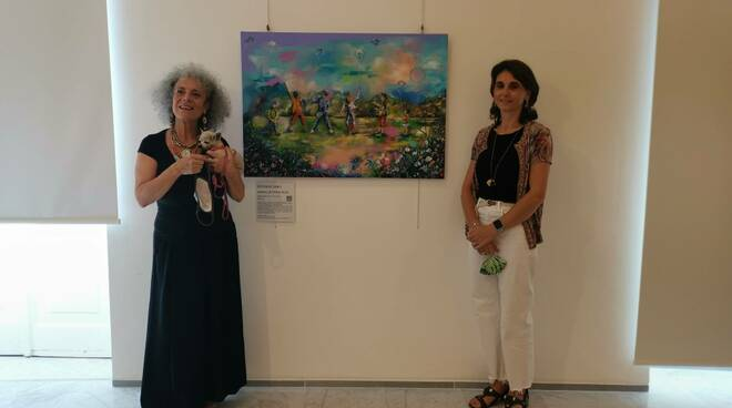 Il Comune di Sestri Levante riceve in dono il dipinto dell'artista Rumi.
