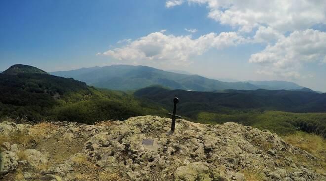 Il Monte Gifarco nel Parco dell'Aveto.