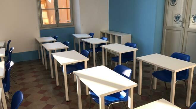 """Un'aula del liceo """"Gianelli Campus"""" a Chiavari."""