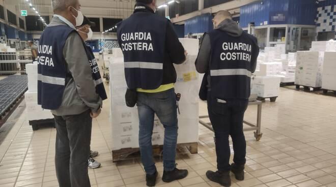 Controlli della Guardia Costiera della Liguria.
