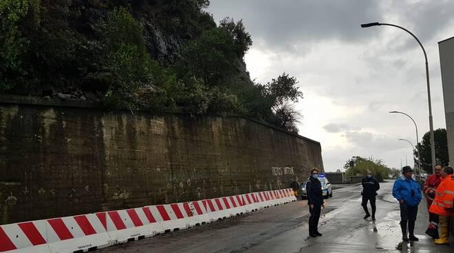 Frana a Moneglia in direzione gallerie dovuta al maltempo.
