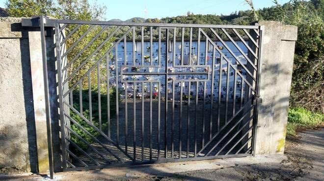 cancello, cimitero riva, sestri