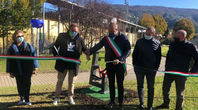 L'inaugurazione della nuova palestra nel verde a Caperana.