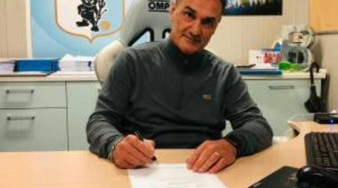 La presentazione dell'allenatore Vincenzo Vivarini da parte della Virtus Entella.