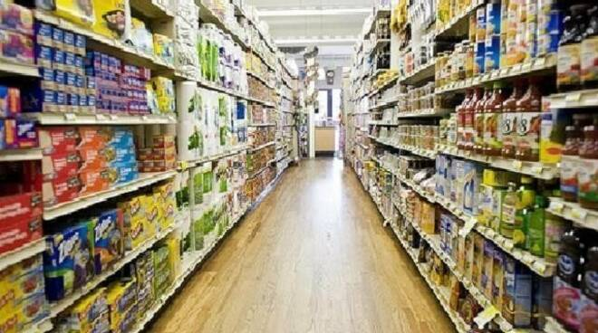 supermercato, spesa, scaffali