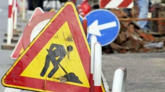 lavori in corso, strada, cantiere