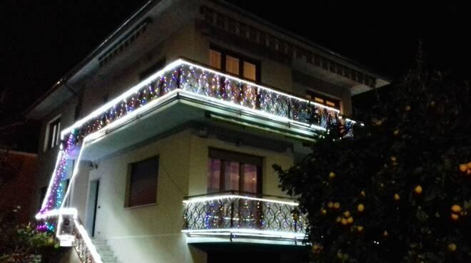 Luminarie natalizie nel comune di Cogorno.
