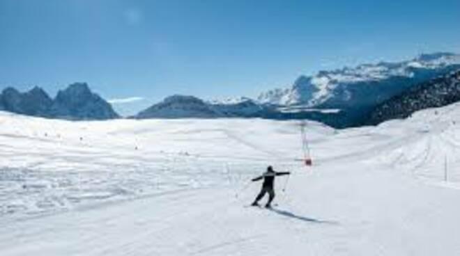 sci, neve, montagne