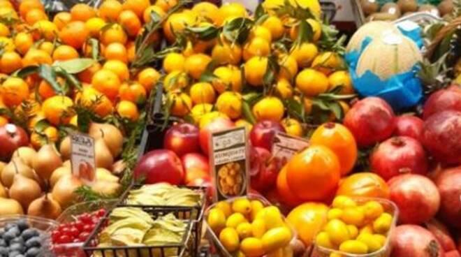 frutta, verdura, mercato