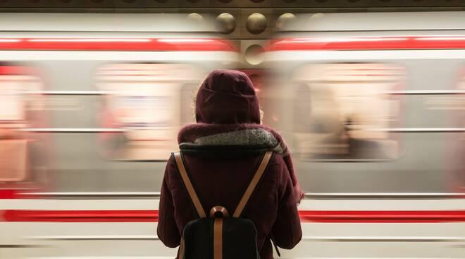 treno, passeggeri
