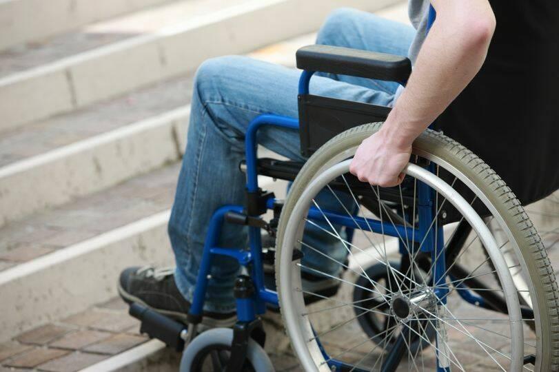 disabilità, handicap, barriere architettoniche