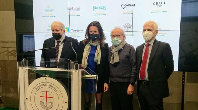 Felice Negri, Ilaria Cavo, Giuseppe Graci e Luca Costi.