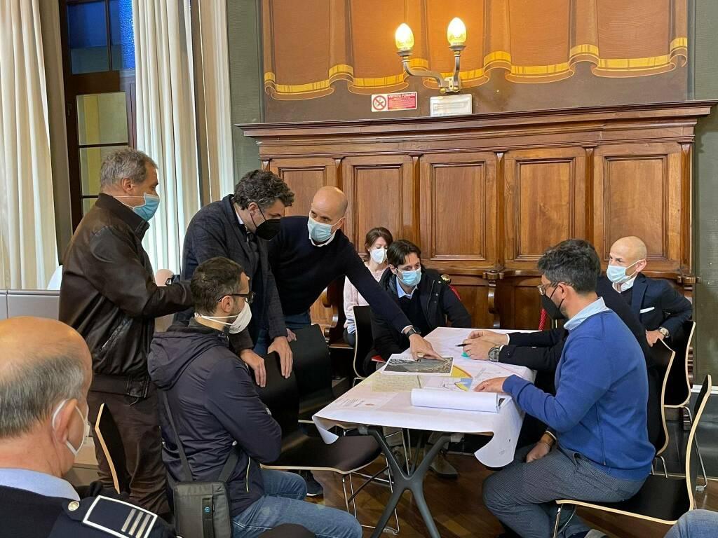 L'incontro in Comune a Rapallo con tema gli interventi infrastrutturali di protezione di lungomare e del centro.