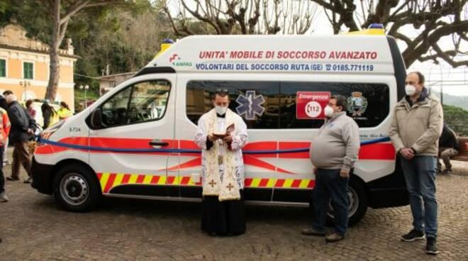 Inaugurazione di un'ambulanza dei Volontari del Soccorso di Ruta.