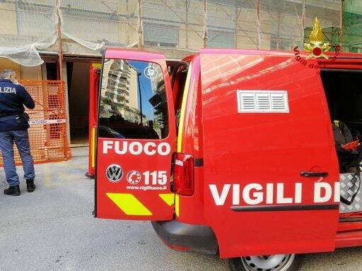 Intervento dei Vigili del Fuoco in un appartamento di Genova.