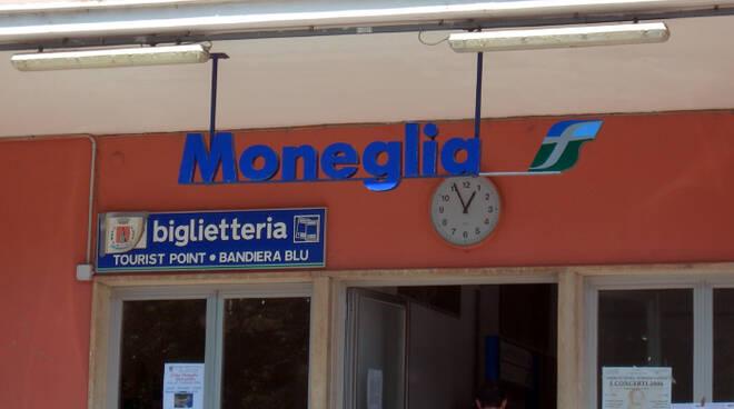 Stazione di Moneglia