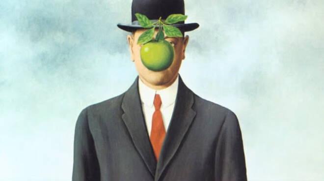uomo con la mela in bocca, fiori all'occhiello