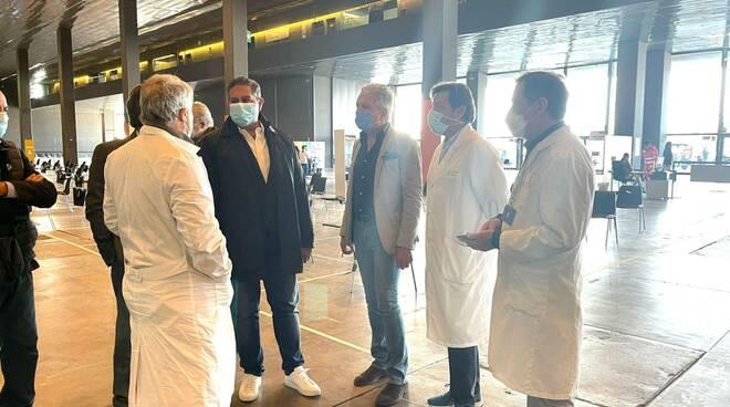 Visita del presidente Toti alla Fiera di Genova