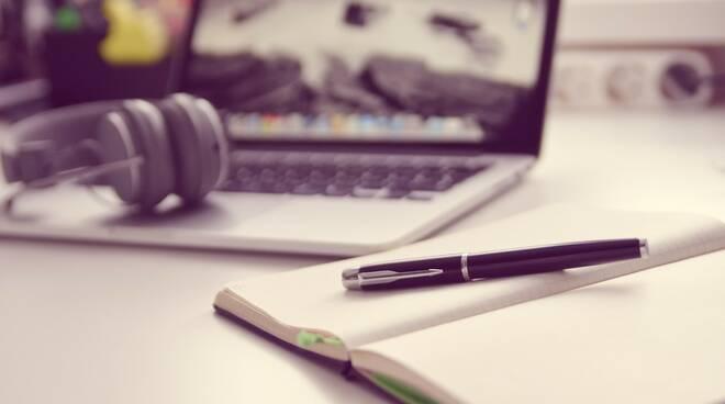 giornalismo, computer, giornalista