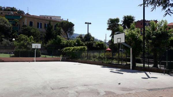 street basket, parco de martino, rapallo