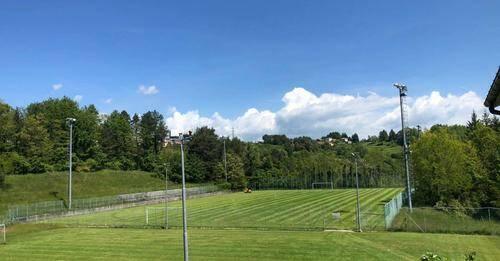 Tavarone, campo sportivo