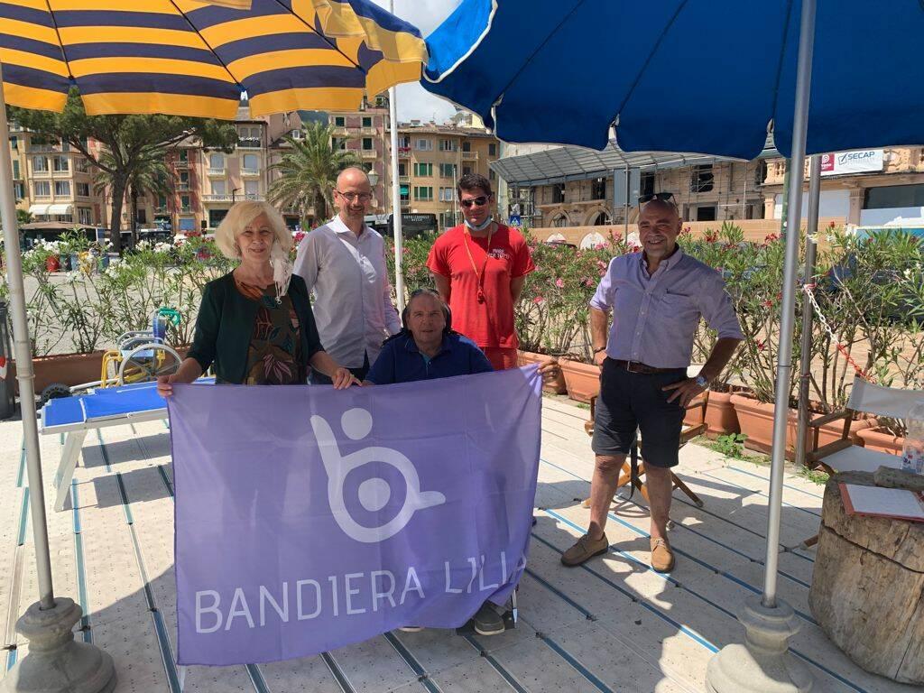bandiera lilla a Santa Margherita